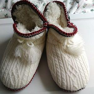 Muk Luk slippers